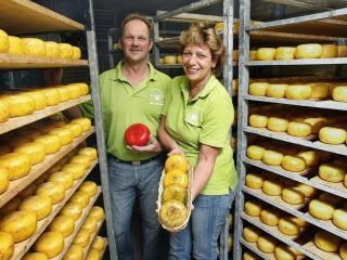 Gijsbert und Margriet zeigen die Kleine Käsesorten